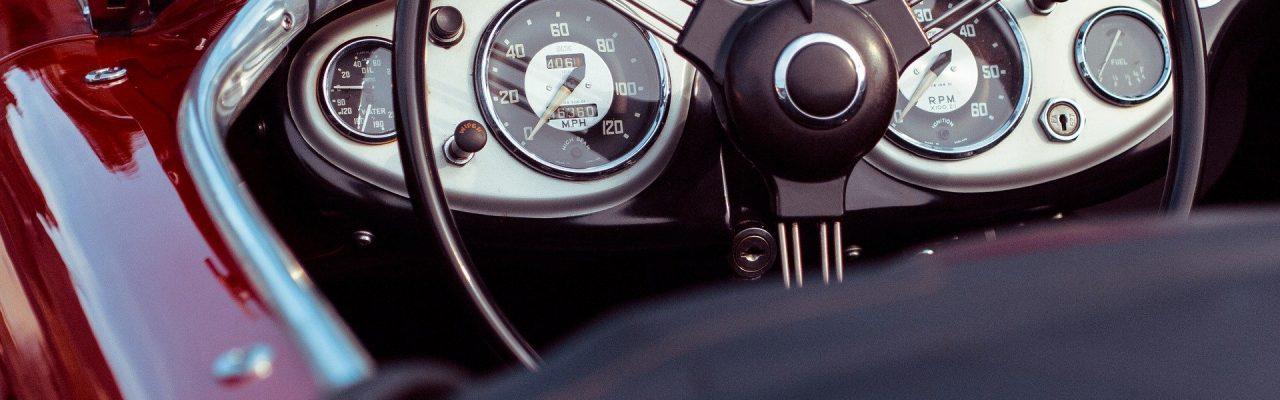 car-1544342_1920 (1)